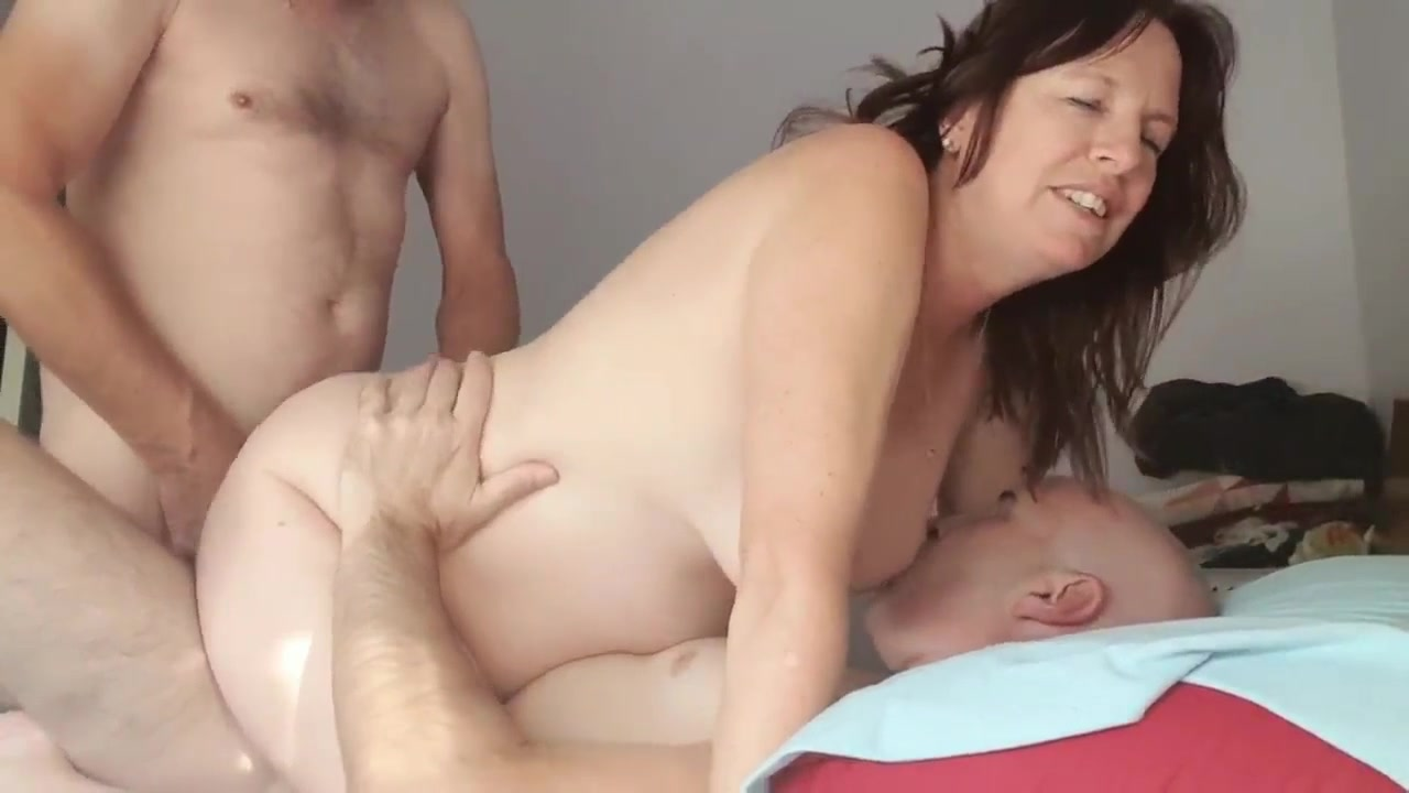 Amateur Wife Sharing Party