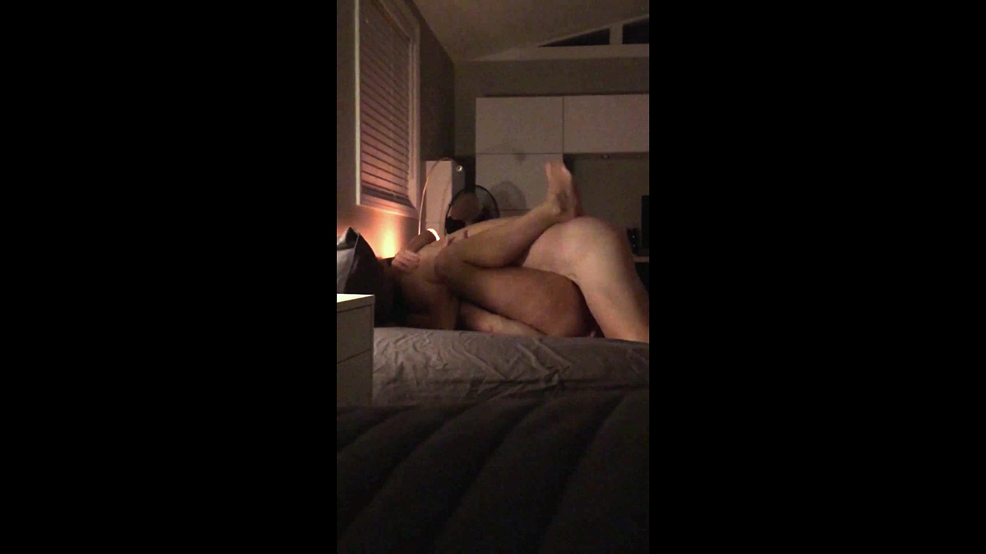 Amatuer wife cuckold no condom video