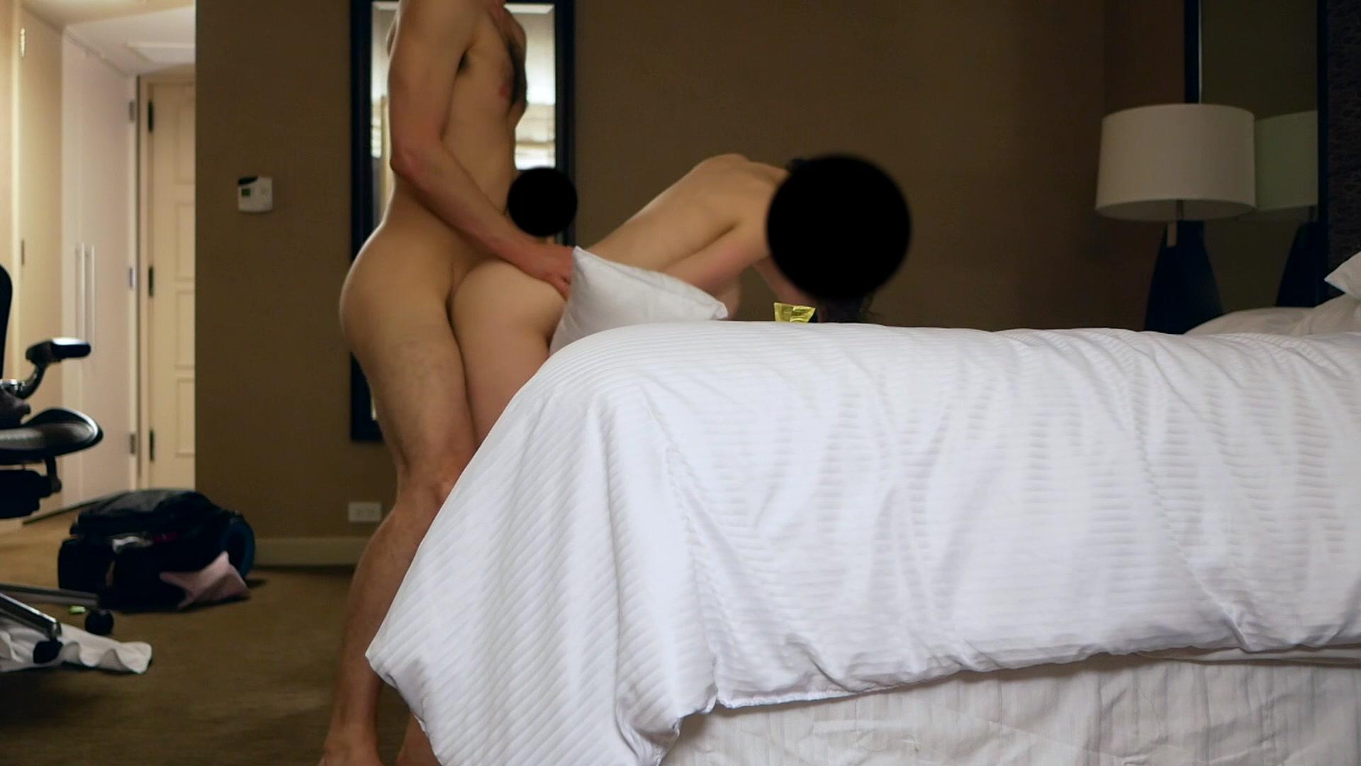 Amateur Anal Riding Orgasm